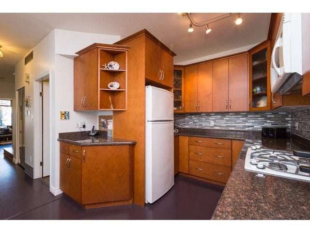 6 6100 WOODWARDS ROAD - Woodwards Townhouse for sale, 2 Bedrooms (R2247502) #9